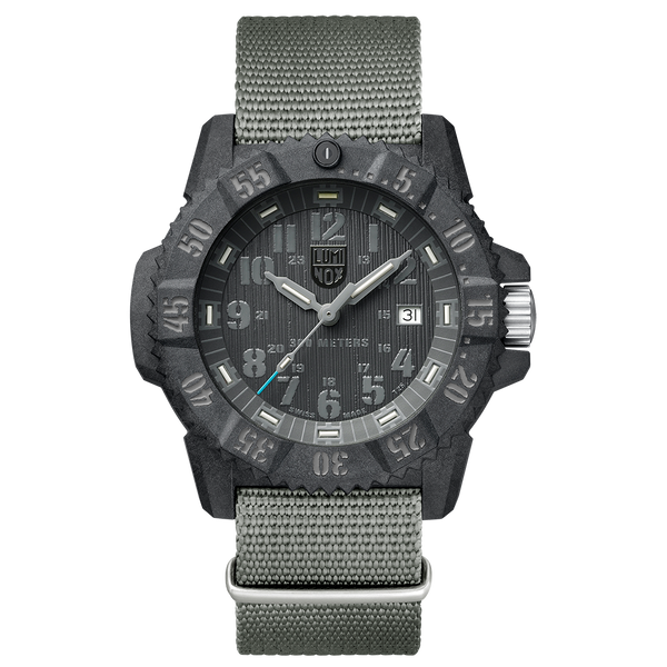 Lumi Nox Limited Master Carbon Seal XS.3802.GO Watch