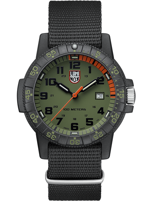Lumi Nox Leatherback SEA Turtle Giant  XS.0337 Watch