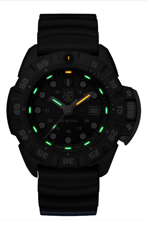 Lumi Nox Scott Cassell Deep Dive XS.1553 Watch