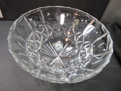 Cut glass 3 legged bowl Hand cut 629