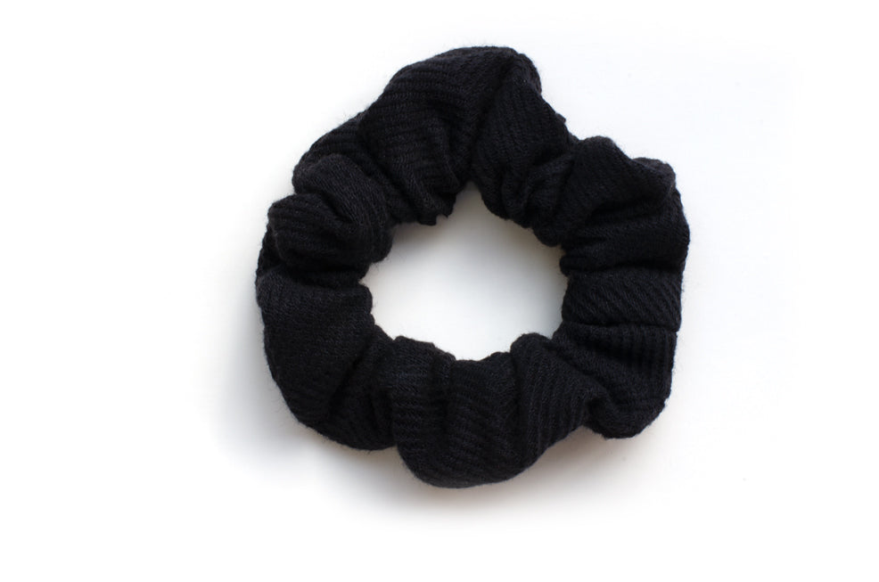 Mini navy scrunchie