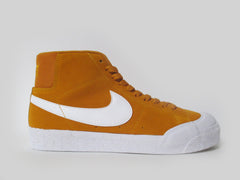 Nike SB Blazer Zoom Mid XT Circuit Orange/White 876872-819