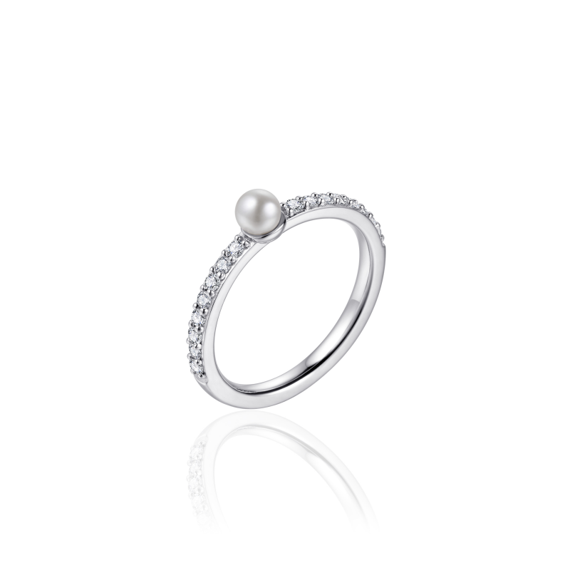 Morgan Banks Silver Ring R389