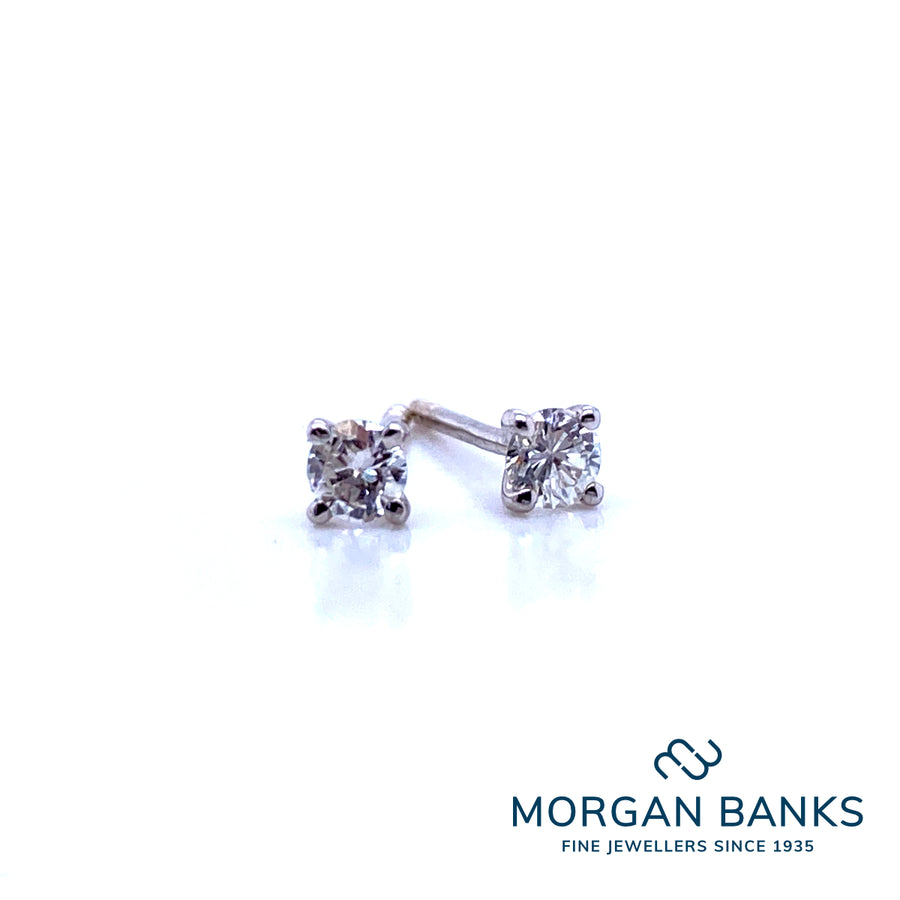 18ct White Gold Diamond Earrings .20ct