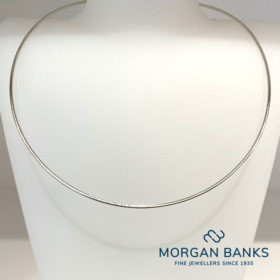 Morgan Banks Silver Solid Wire Necklaces