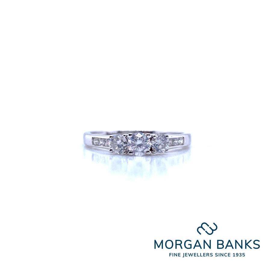 GW 9ct White Gold 3 Stone 0.50ct TW with Shoulders R10079S050