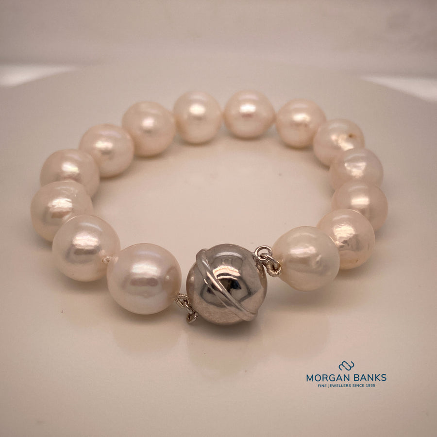 Fresh Water white Baroque Bracelet with silver magnetic fastener