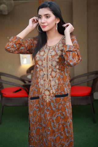 SALE Double Pocket Printed Kurta with Dori Embroidery