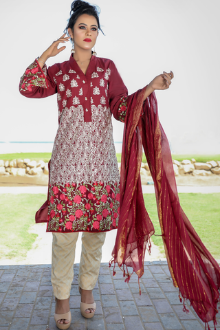Three Piece: Maroon Roshanara Linen Kurta with Gold Print Trouser & Scarf