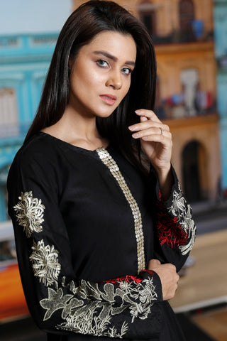 Black Goldwork Kurta with Embroidered Tilla Sleeves