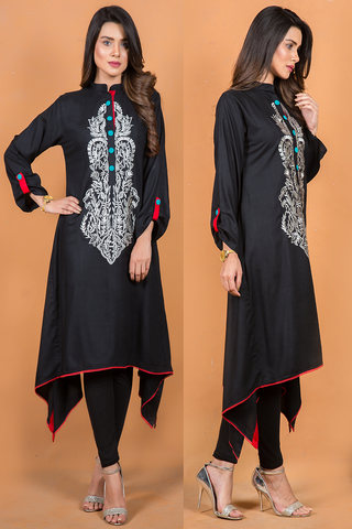 Black Linen Kurta with Grey Embroidery & Maroon Lace