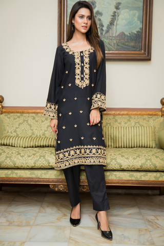Black Mahal Kurta with Aari Work