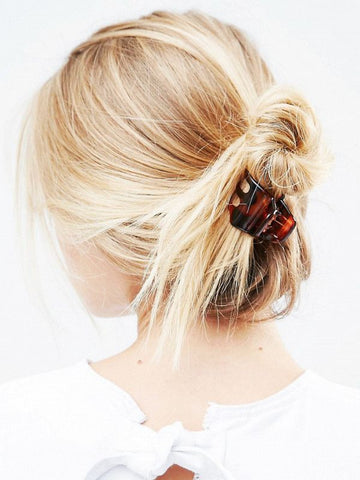 french twist with claw clip, spring trends, summer trend