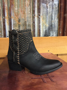 Circle G Womens Black Cutout & Studs Ankle Western Boots Q0117