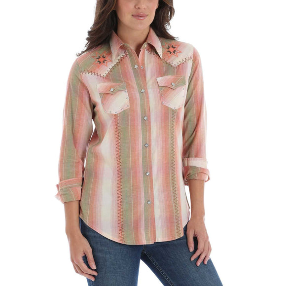 Wrangler Womens Vintage Whipstitch Snap Long Sleeve Western Shirt Blush LW868M