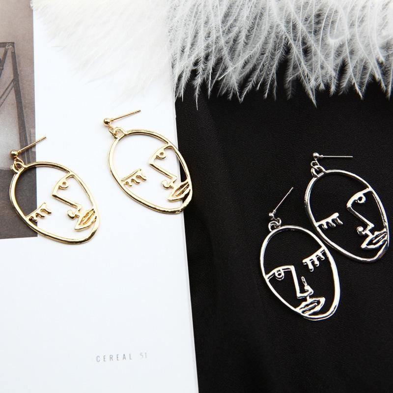 Drawn Head Earrings - Weartro