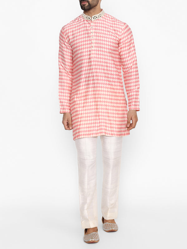Ivory And Pink Printed Kurta