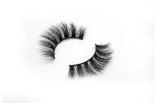 Load image into Gallery viewer, Givemespace Mink Lashes