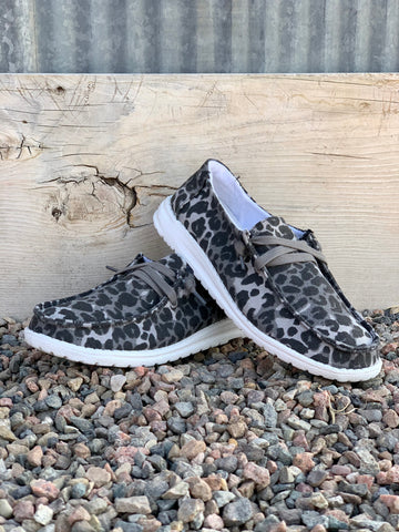 The Snow Leopard Shoes