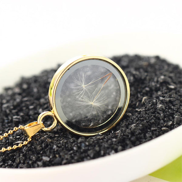 Round Shaped Vintage pendant with Dandelion Flower