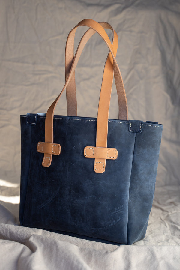 Chico Tote in Blue