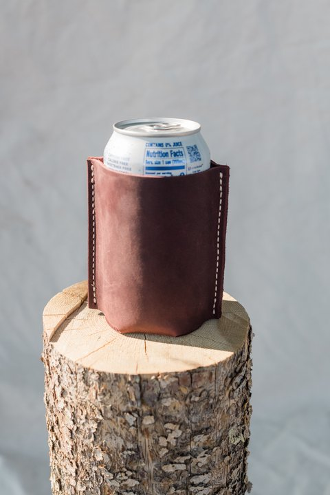Stubby Holder in Merlot