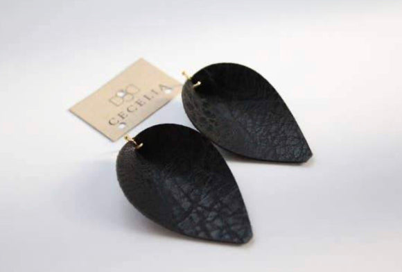 Black Pinched Leaf Earring