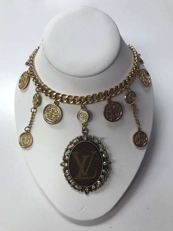 KG Gold Chain Pendant LV Necklace