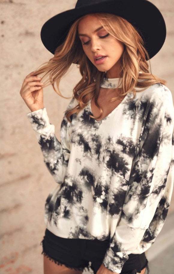 Tie-Dye Choker Neck Top