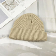 Load image into Gallery viewer, Chunky Band Beanie