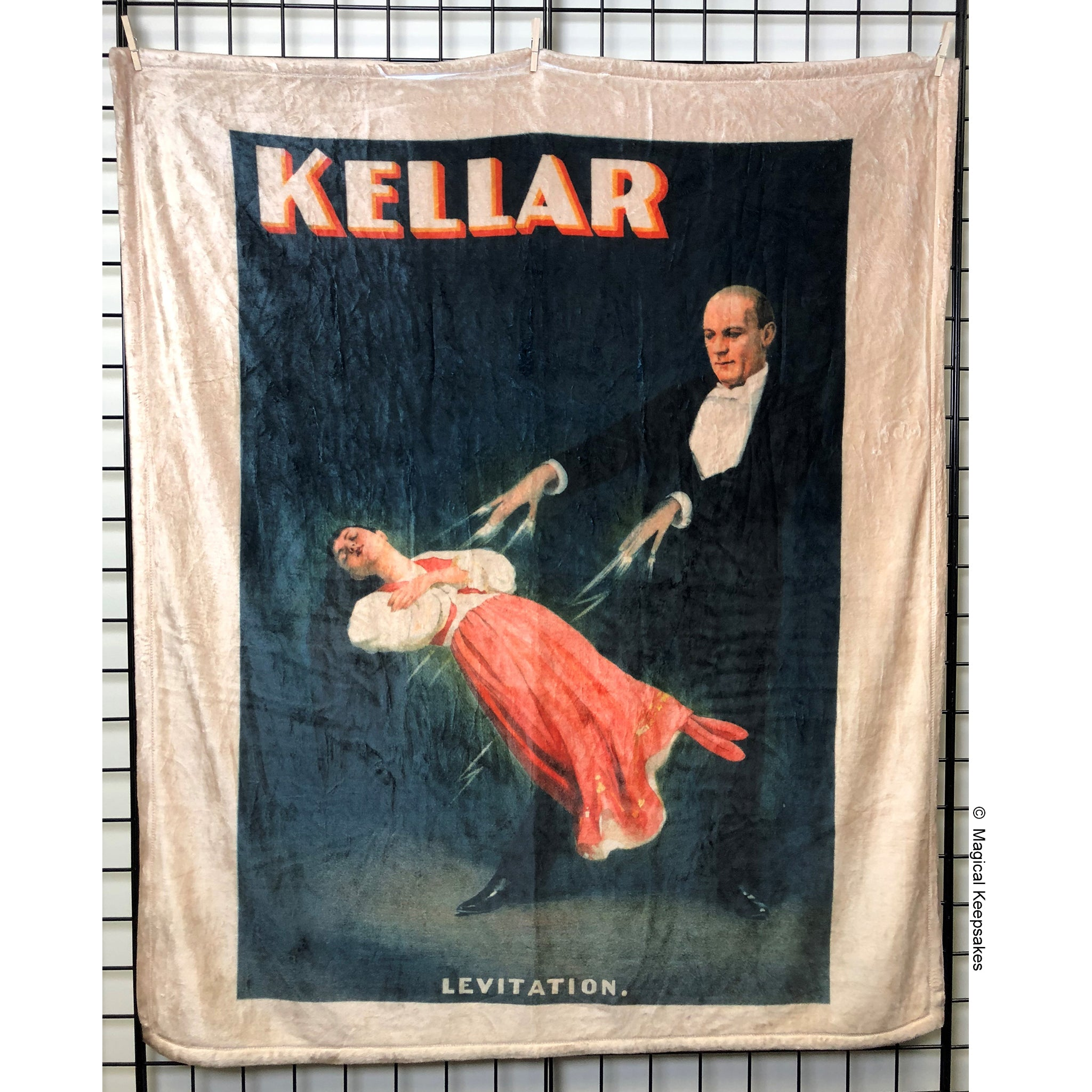 Kellar 'Levitation' Throw Blanket