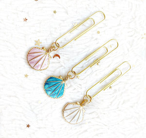 luxe sea shell dangle clip