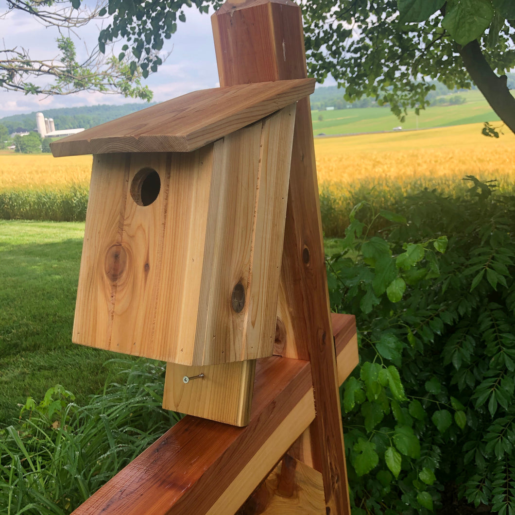 Red Cedar Bluebird House l Simple, Beautiful and Functional | F004
