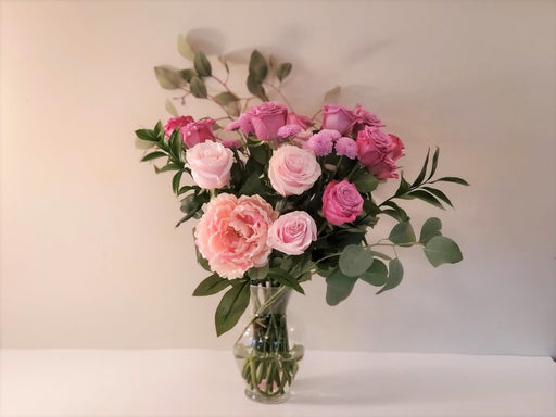 Pink Love Arrangement with Vase I FREE SHIPPING