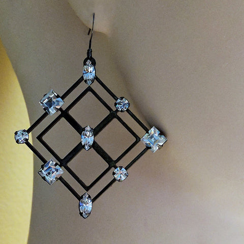 Hematite 9 Diamond Earring by Barbara Cieslicki