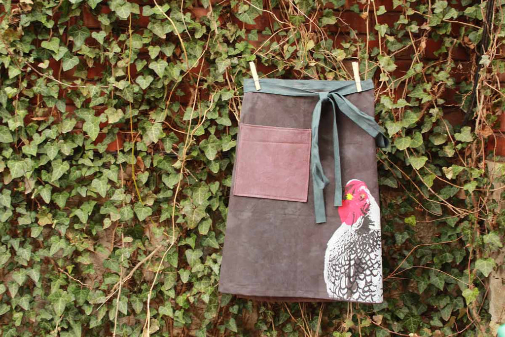 Chicken Apron :: 08