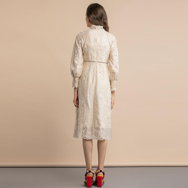 Buttoned vintage-type ivory midi dress