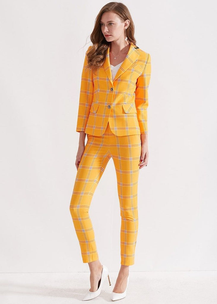 Primetime Looks-England yellow plaid pant suit