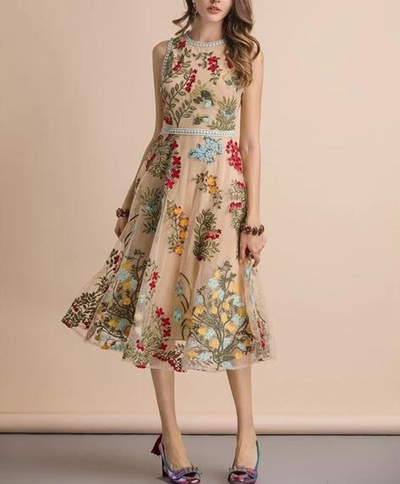 Laura floral embroidery midi dress