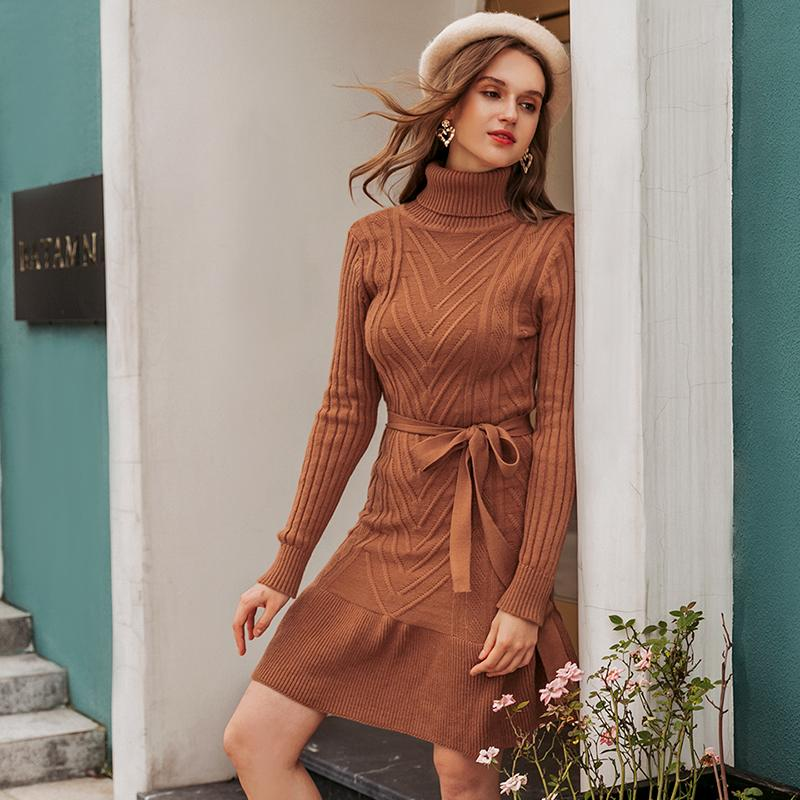 Turtleneck knitted midi dress in brown