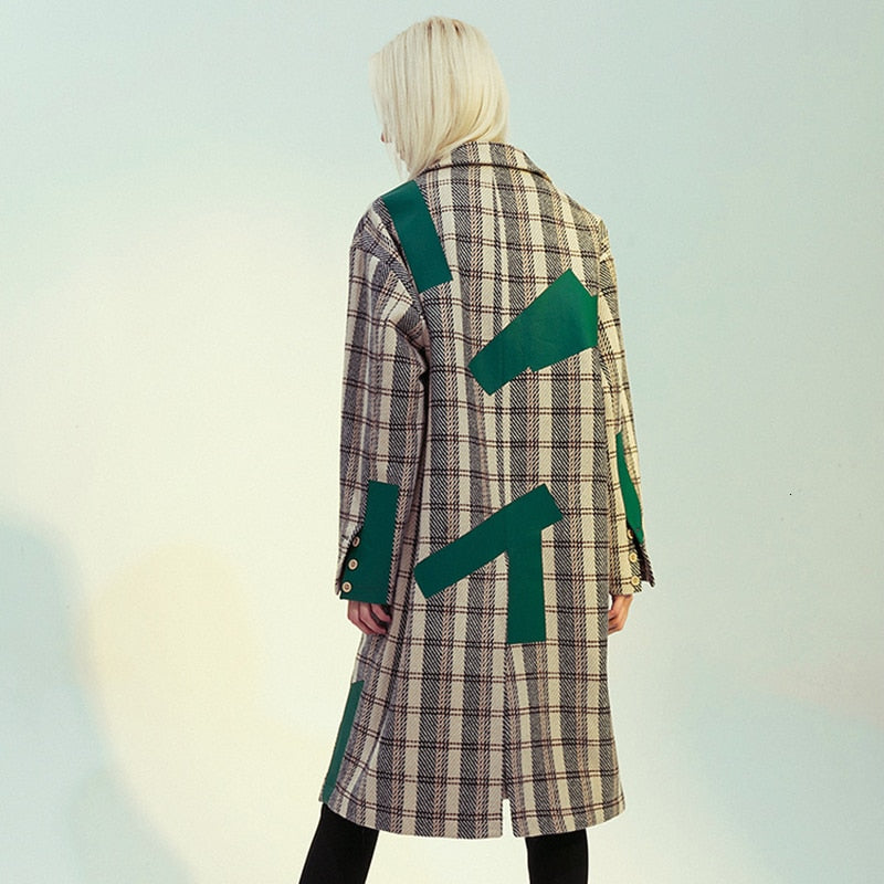 Plaid loose trench coat with green patchwork