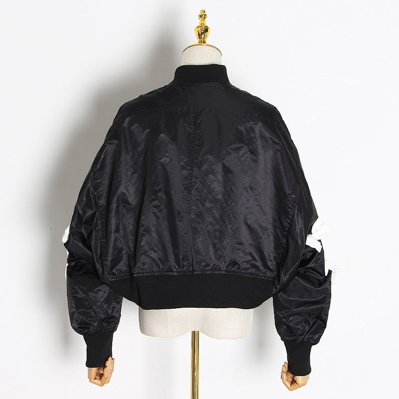 Bow decorated windbreaker