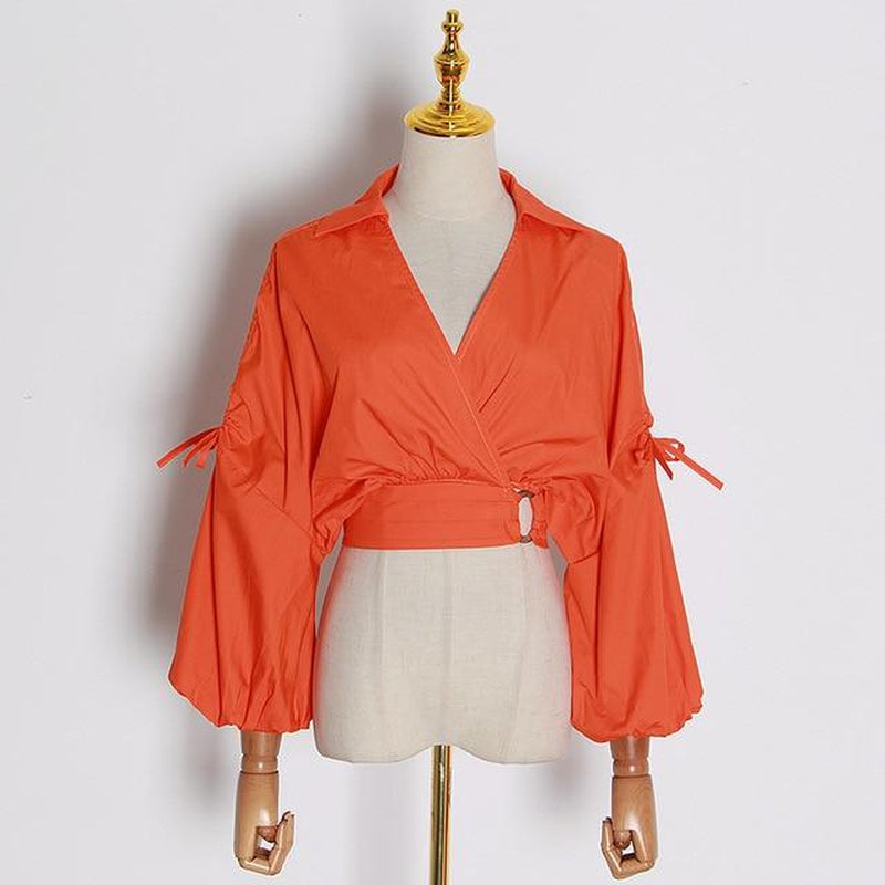 Lantern-sleeve V-Neck crop top in colors