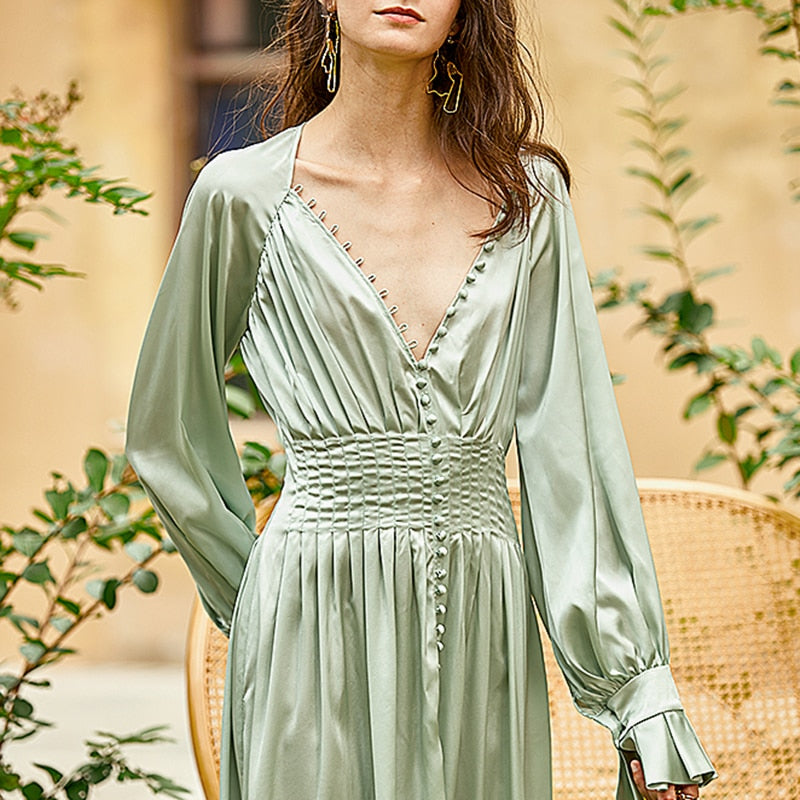 DREA vintage-like slit flowing dress