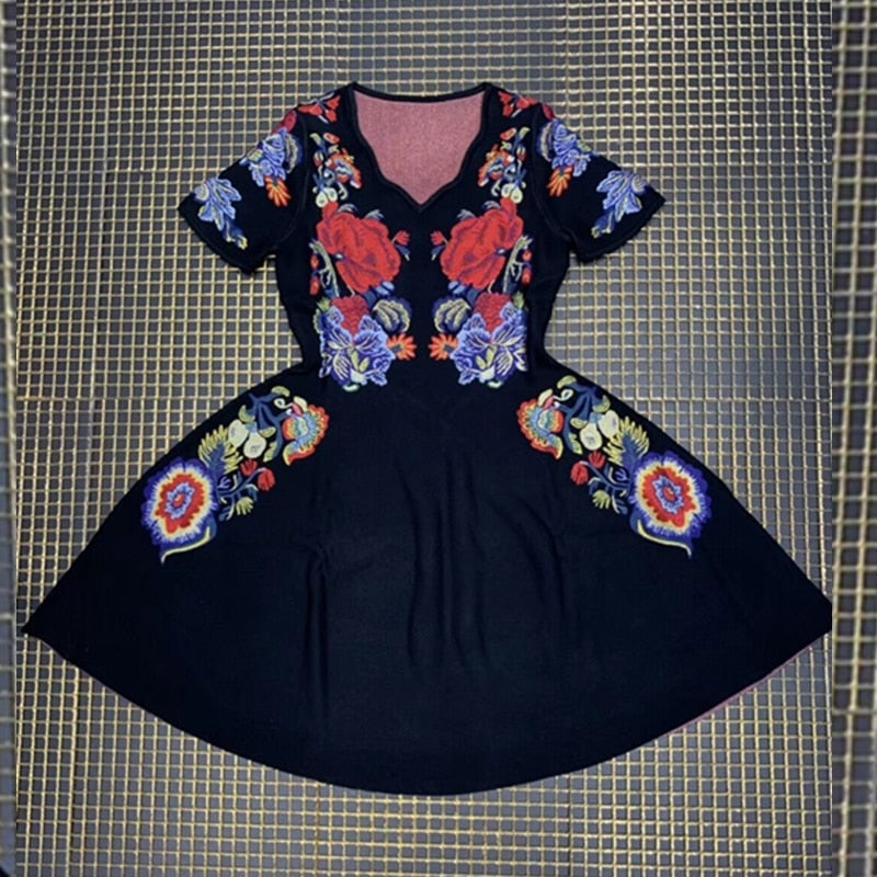 Fusion floral midi dress in black