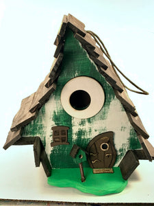 Crooked House Green Rustic