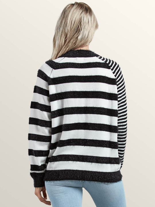 Pull Need Space  - Black