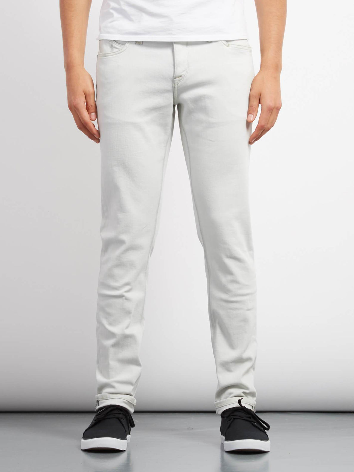 2X4 Tapered Jeans - Dirty White
