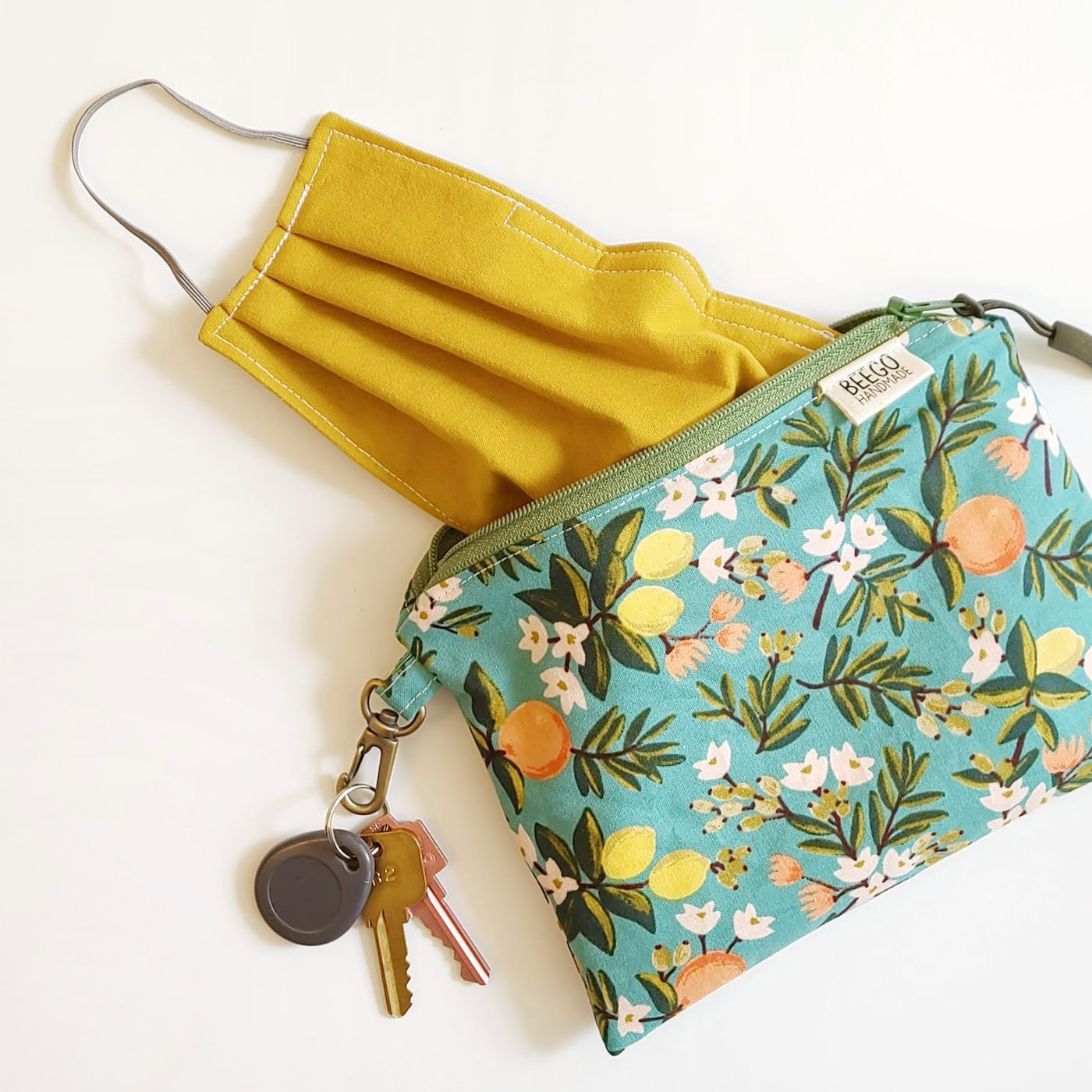 Teal Citrus Clip-On Mask Pouch