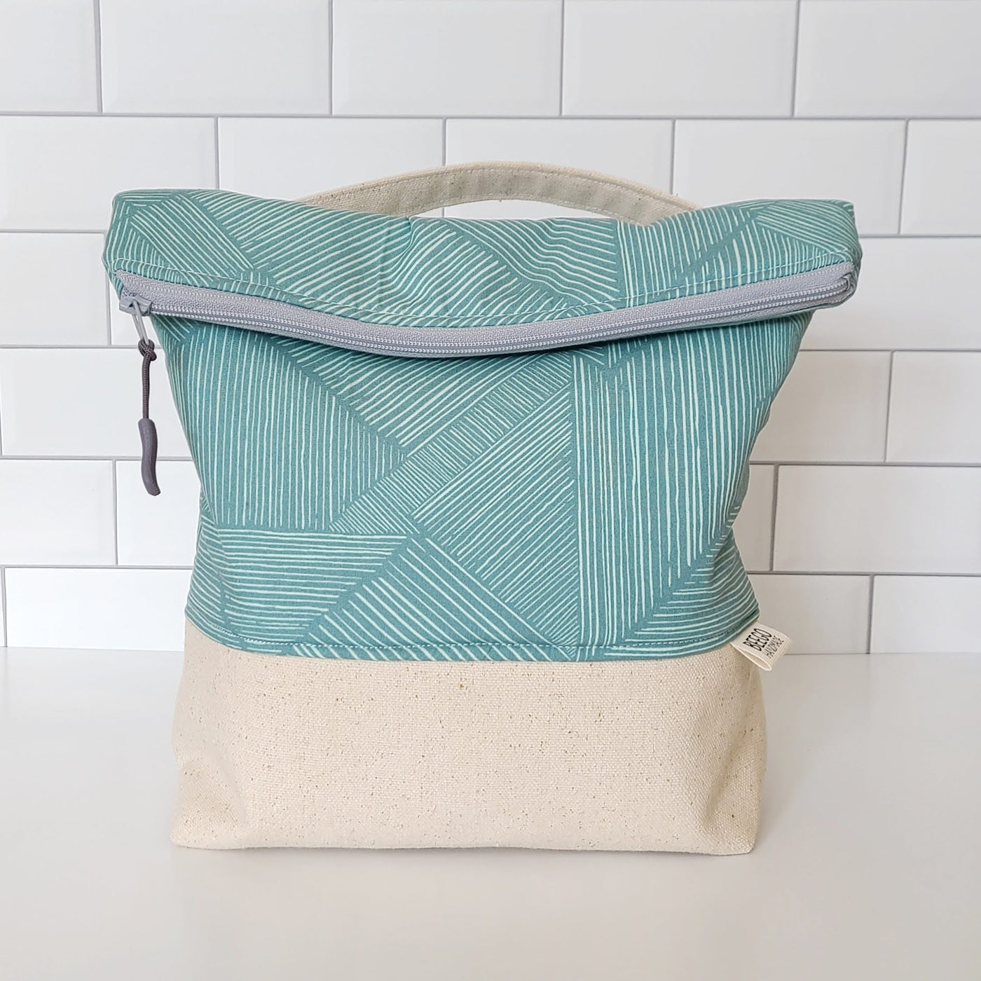 Fine Lines Insulated Washable Lunch Bag